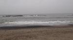 宿泊先近くの海岸にて・・・