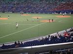 三塁側内野指定席の中央辺りの席でした。